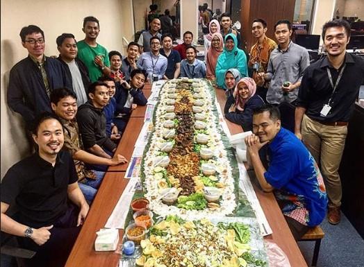 081285706910 | Catering nasi liwet alas daun pisang delivery daerah  Grogol Utara kebayoran lama, jakarta selatan