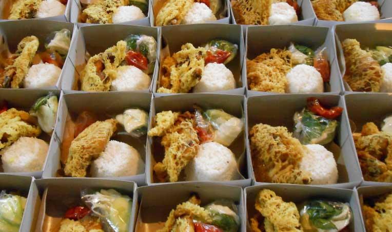nasi box ayam kremes
