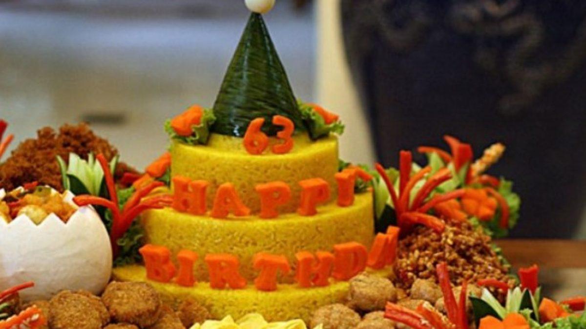 Tumpeng Ucapan Ulang Tahun Istana Catering