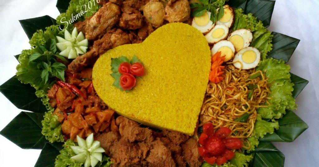 Nasi Tumpeng Ulang Tahun Suami Istana Catering