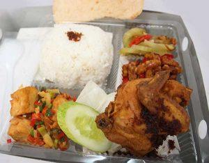 Catering Nasi Kotak Lalapan Ayam Goreng